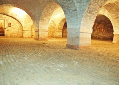 A Balogh–Esterházy-kastély csehsüveg boltozatos pincéje
