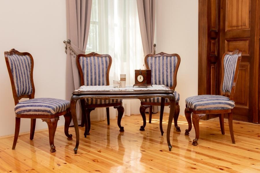 Bezerédy-terem, társalgó - Balogh–Esterházy-kastély